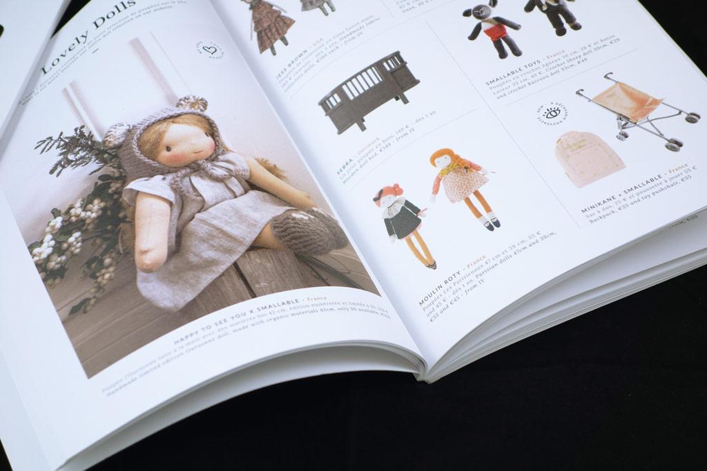 brochure piquée